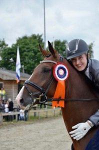 Samantha is geen ik-bestuur-op-afstand-het-paard-instructeur